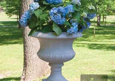 Centrascape - Pots - Short Classic Urn 1